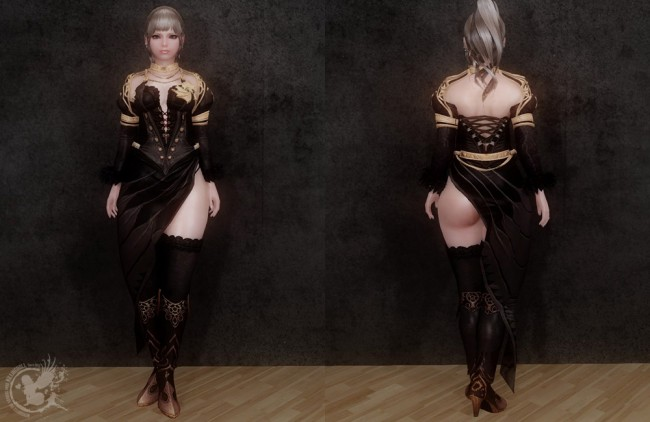 UNPK-black-and-gold-robes2
