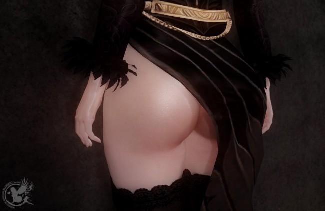 UNPK-black-and-gold-robes5
